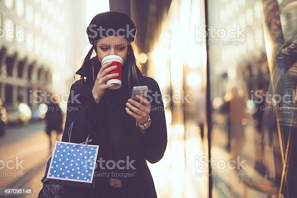Winter shopping season picture id497095148?b=1&k=6&m=497095148&s=612x612&h=h9ft1tv y5kajuo8frtbbzcx w2 48wubqpxkwlevu4=