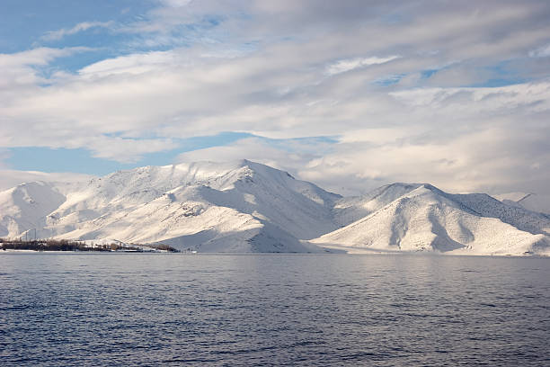 겨울맞이 해안에 Van 호수, 터키 스톡 사진