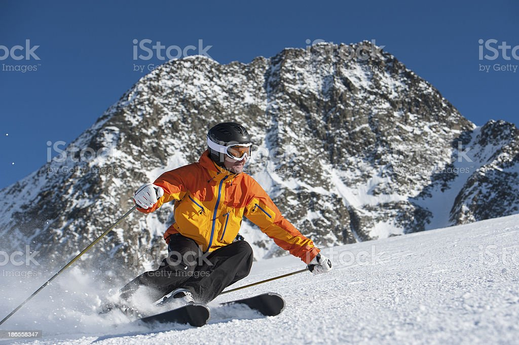 Downhill skiing in a great position