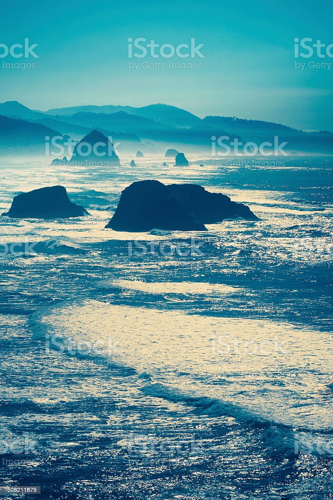 Winter storm west coast - Canon Beach Haystack Rock stock photo