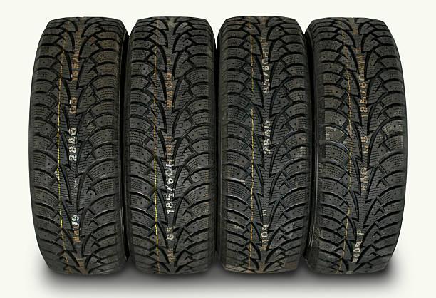 les pneus d'hiver - rame pièce détachée photos et images de collection