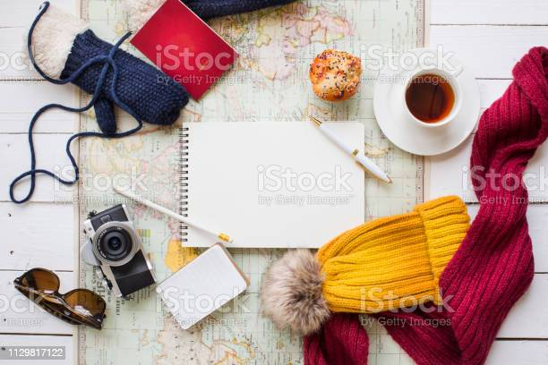 Winter vacation coffee break objects concept image picture id1129817122?b=1&k=6&m=1129817122&s=612x612&h=w6hszus5hulmin v9gq oj8b91jpjl 4mja9erzd ve=