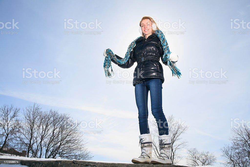 Mujer de invierno de brida foto de stock libre de derechos