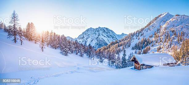 Winter wonderland in the alps with mountain chalet at sunset picture id508316648?b=1&k=6&m=508316648&s=612x612&h=6st1kgi3fswwsq0e3bksglxxxlfxo84ltxy8jufvv6o=