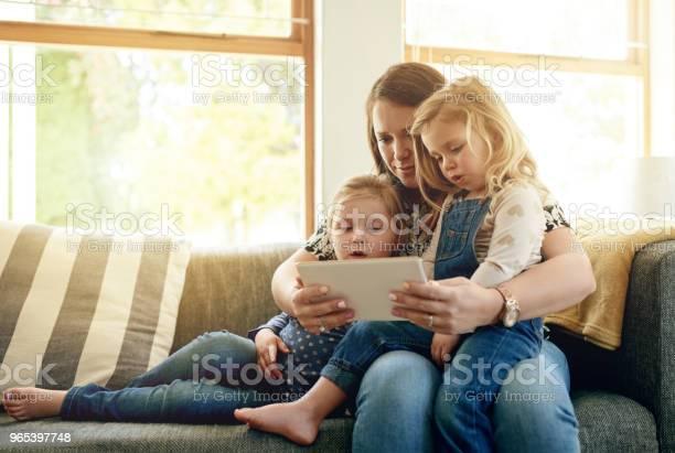 Foto de Diversão Sem Fio Para Todos e mais fotos de stock de Adulto