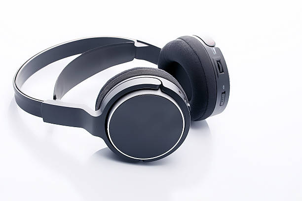 wireless headphones wireless headphones on white background wireless headphones stock pictures, royalty-free photos & images