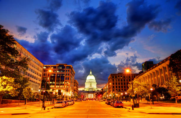 Wisconsin State Capitol Madison is the capital of the U.S. state of Wisconsin and the county seat of Dane County. madison wisconsin stock pictures, royalty-free photos & images
