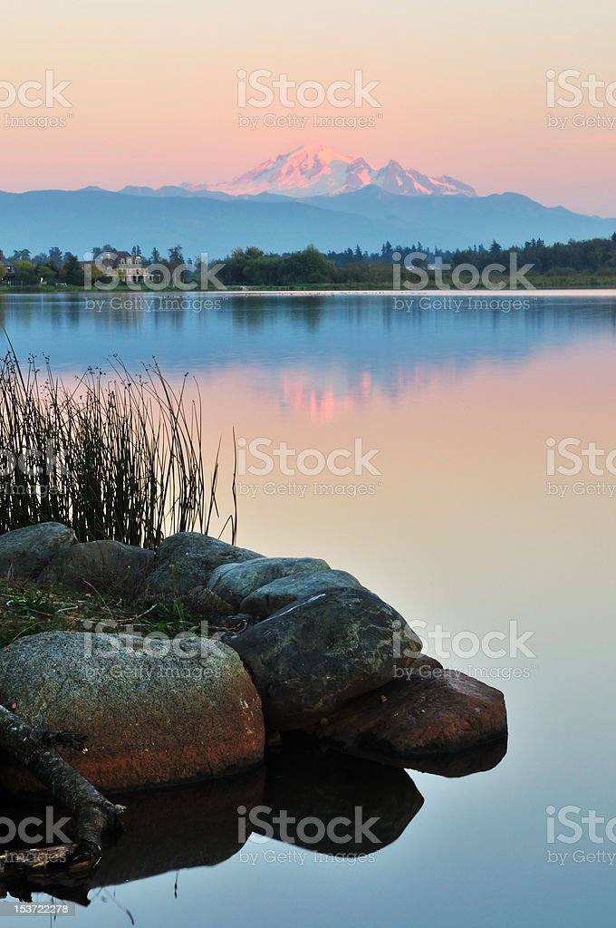 Wiser lake and mount Baker stock photo