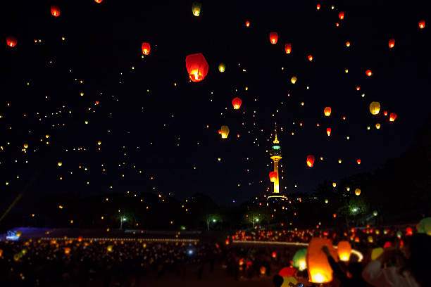 wish lanterns, at korea - hope - fotografias e filmes do acervo
