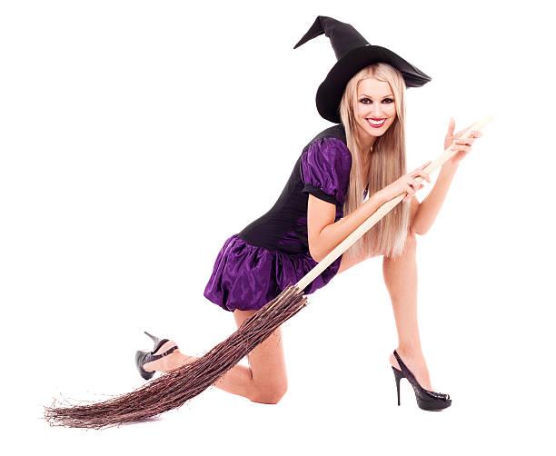 hexe mit einem besen - damenschuhe k stock-fotos und bilder
