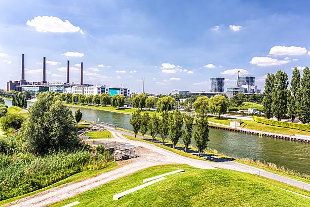 Wolfsburg Skyline Wolfsburg Skyline lower saxony stock pictures, royalty-free photos & images