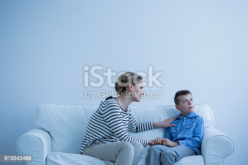 istock Woman and child 915343488