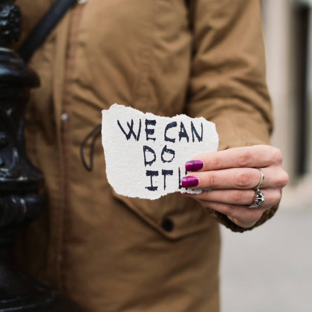 Frau und Text können wir es tun. – Foto
