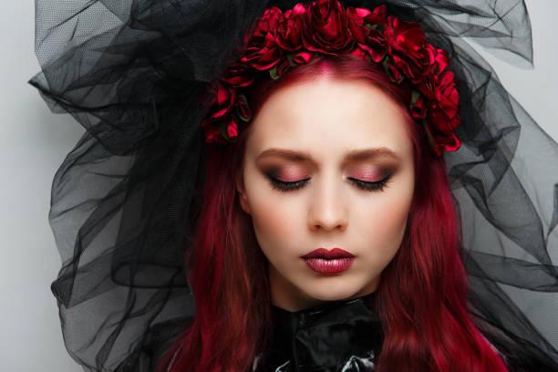 frau kunst machen - vampir schminken frau stock-fotos und bilder