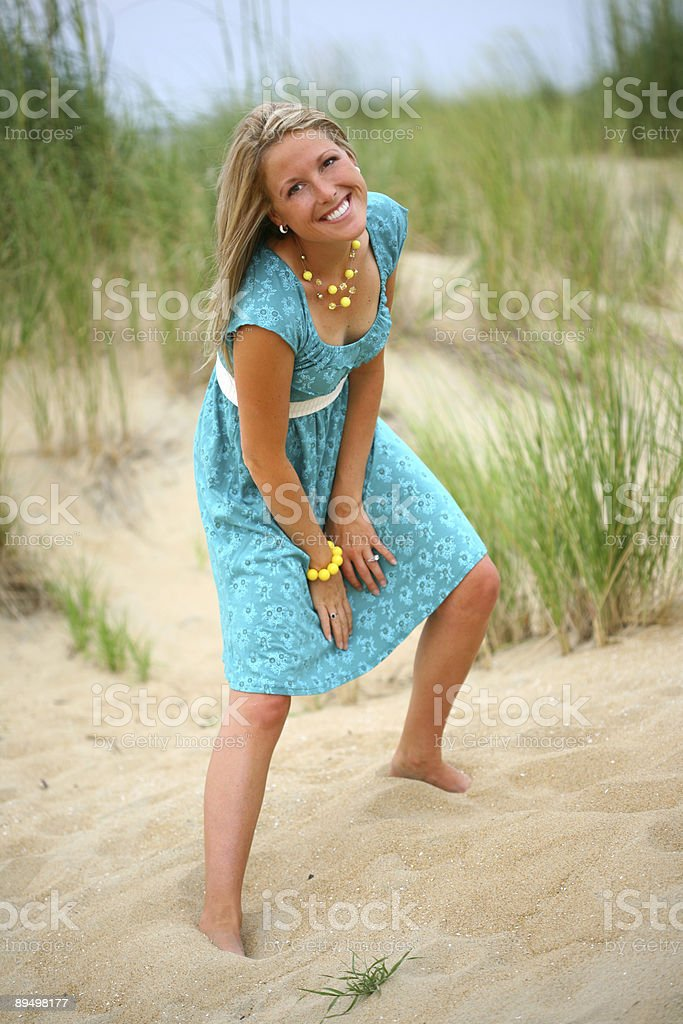 Woman at Beach royaltyfri bildbanksbilder