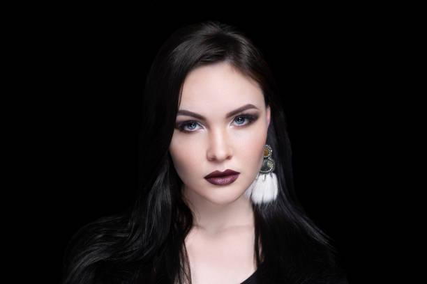 frau-beauty-puppenlook - vampir schminken frau stock-fotos und bilder