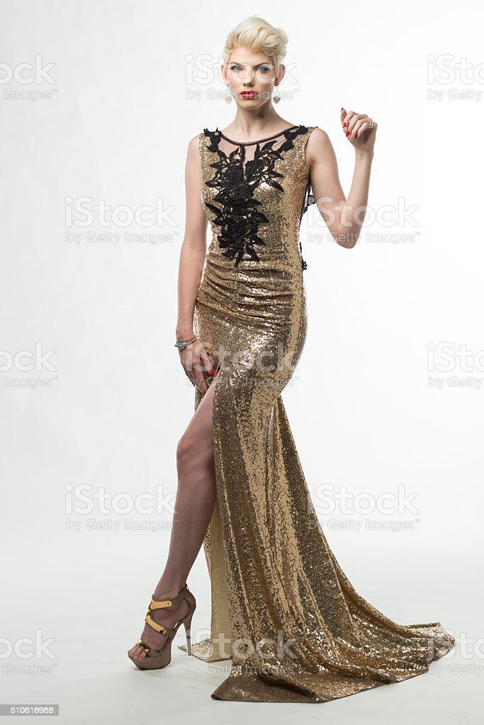 finest selection aa4e6 98fb2 Moda Donna Bellezza Lungo Abito Elegante Ragazza In Abito ...