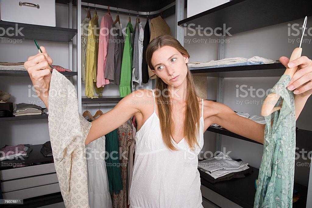 여성 옷 선택 royalty-free 스톡 사진