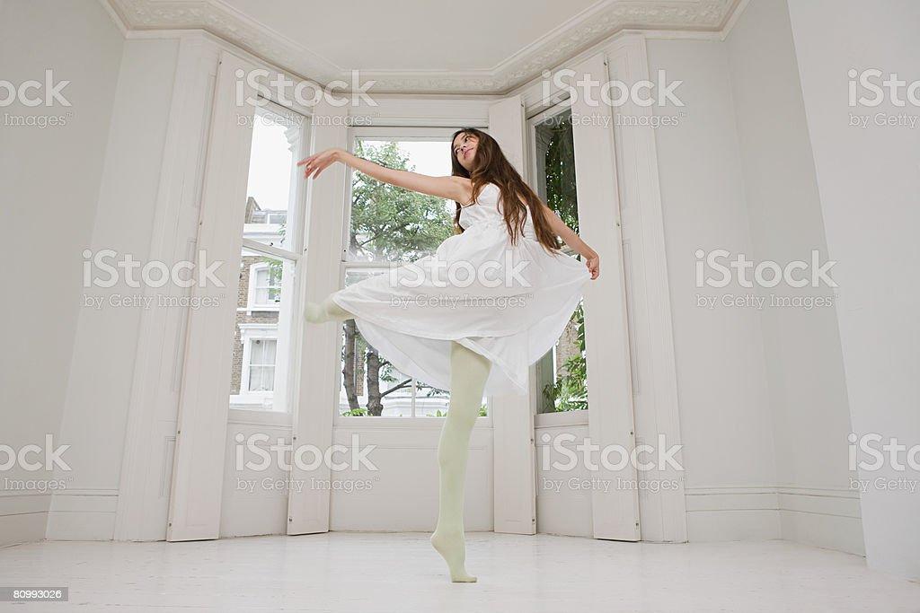 A 女性ダンス ロイヤリティフリーストックフォト