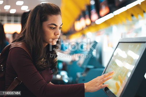 Retail, Digital Display, Airport, Hotel Reception, Touch Screen