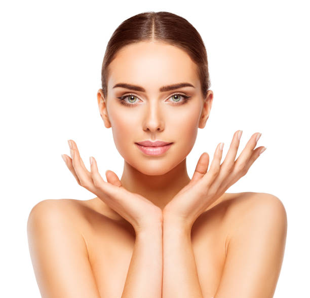 frau gesicht hände schönheit, haut pflege make-up model make up - schmale schulter stock-fotos und bilder