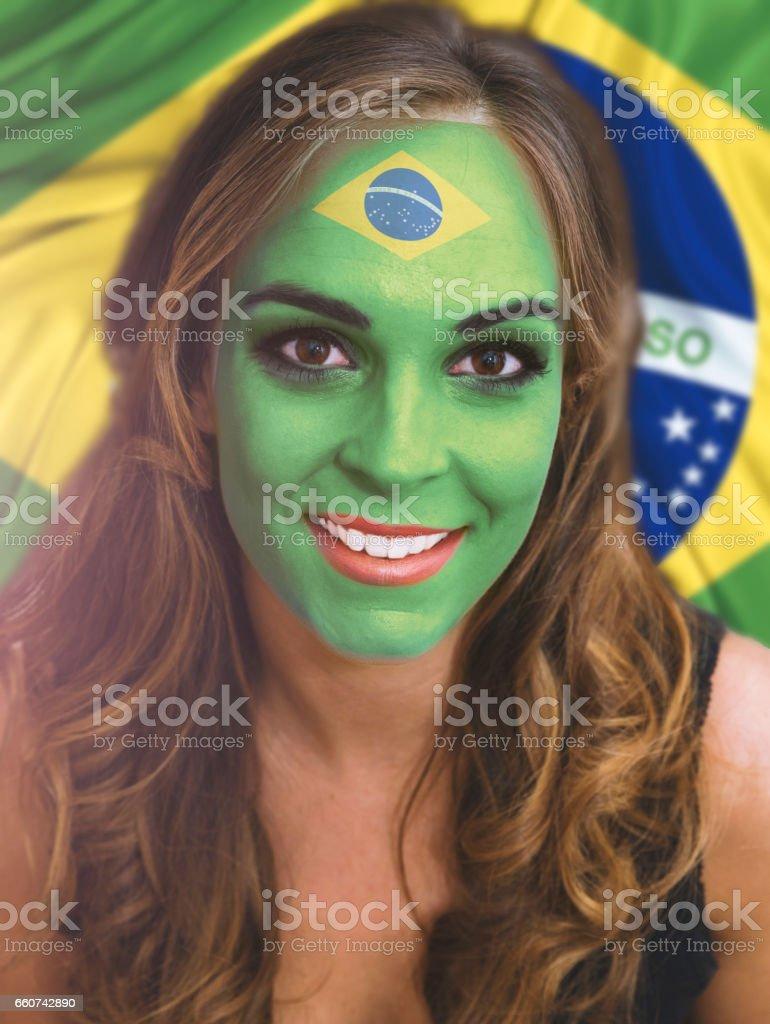 Fesselnde Gesicht Bemalen Foto Von Der Frau Mit Bemalten Flagge Von Brasilien