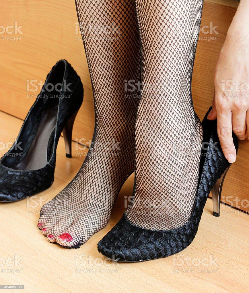 Ступни ног в колготки