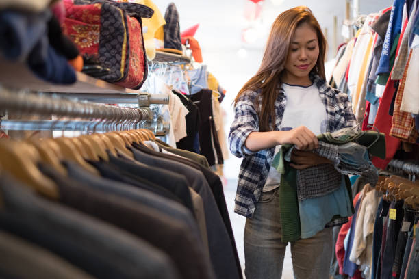 Top 30 Clothing Store Credit Card Stock Photos Pictures And Images