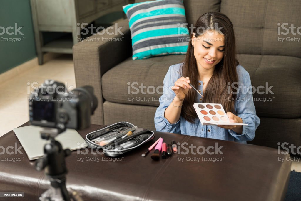 Woman Giving Beauty Advice Stock Photo Download Image Now Istock