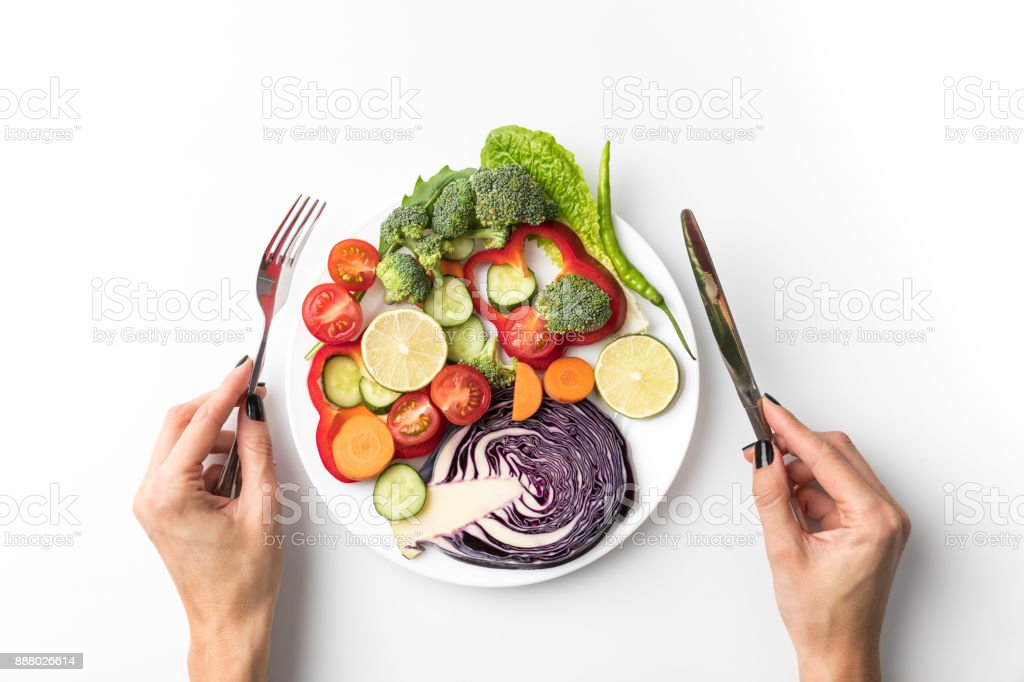 Frau Salat essen – Foto