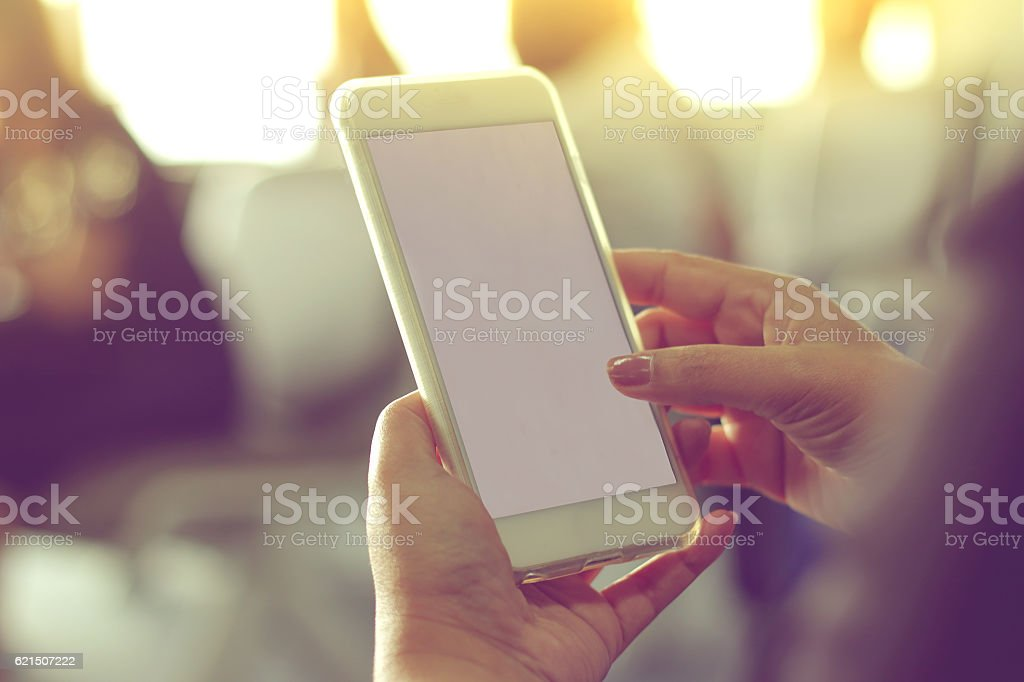 Woman hand Using a Smart Phone photo libre de droits