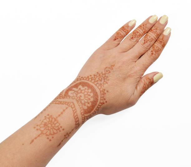 frau hand mit henna mehendi - ruhegebet tattoo stock-fotos und bilder