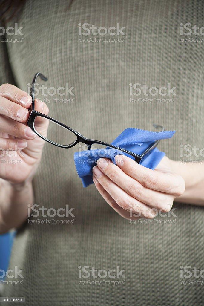 Frau Hand Reinigung der Gläser – Foto