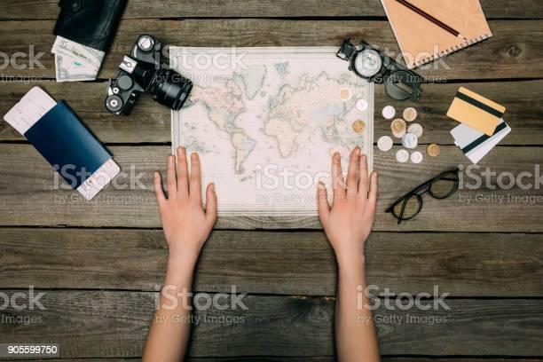 Woman hands on map picture id905599750?b=1&k=6&m=905599750&s=612x612&h=ju0ylzvam98 zca vux55gkojarjzevgxan1wlyd7hw=