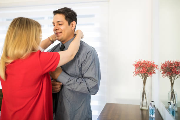 girlfriend ties up boyfriend