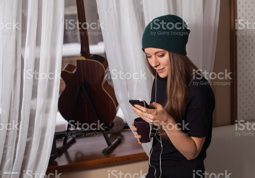 Woman hipster listening music royalty-free 스톡 사진