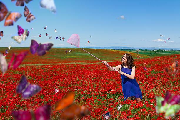 Woman in a field picture id175406948?b=1&k=6&m=175406948&s=612x612&w=0&h=wkrmmlqivntnpwwcgssvbr dmrsrk820reqxbevg3hw=