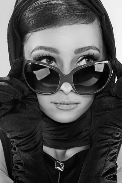 Mujer en un estilo retro - foto de stock