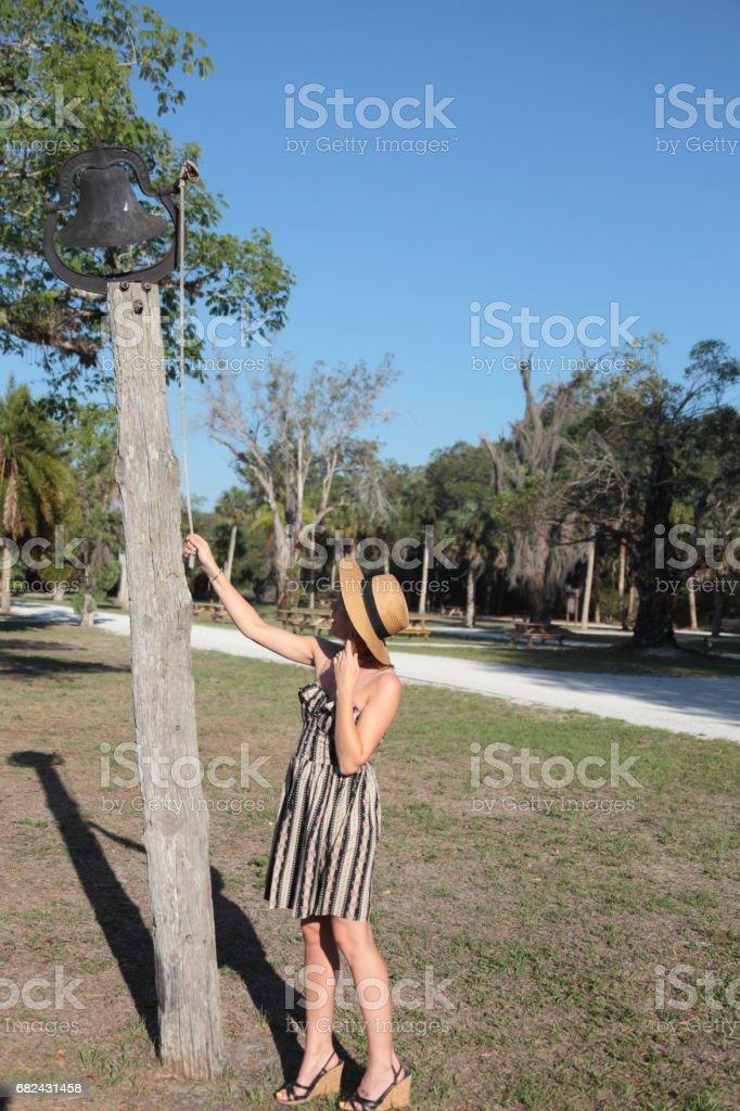 Woman in a tropical park. Lizenzfreies stock-foto
