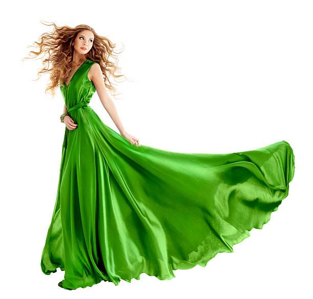 frau in schönheit mode grünen kleid, langes abendkleid - lange abendkleider stock-fotos und bilder