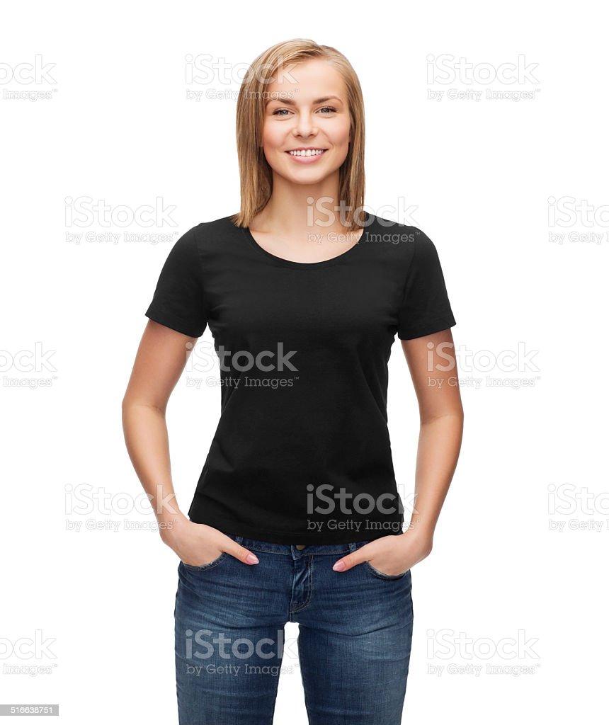 Frau in leer Schwarz shirt – Foto