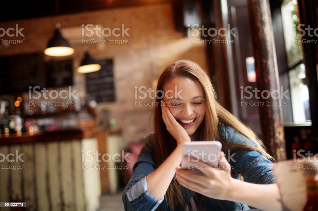 Woman in cafe - Royalty-free 20-29 Years Stock Photo