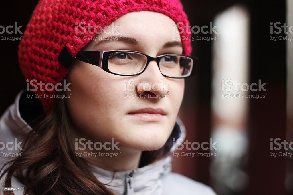 Woman in glasses and pink cap Lizenzfreies stock-foto