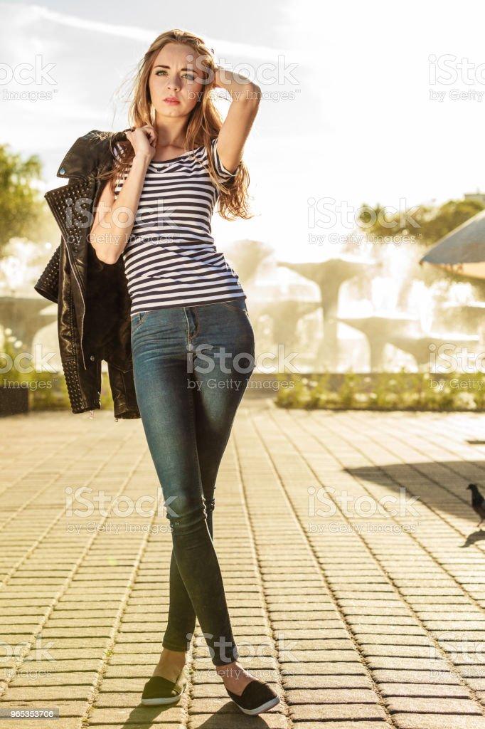 여자 하이헤 대해 요트 포트 - 로열티 프리 관광 스톡 사진