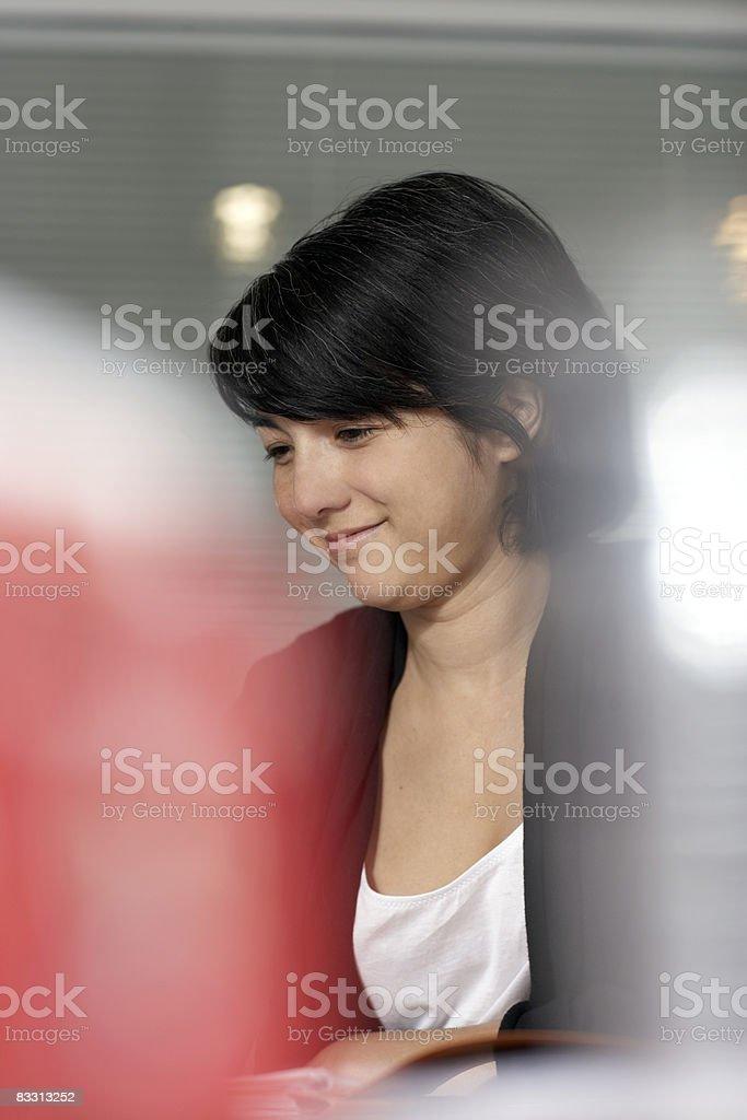 Donna in ufficio foto stock royalty-free