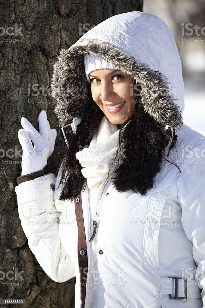 Frau im park. – Foto
