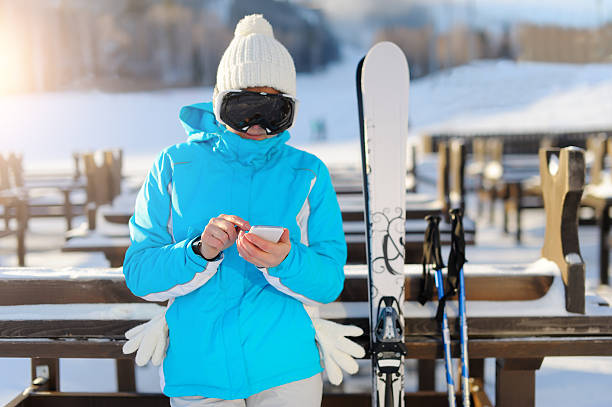 Woman in ski glasses holding a smartphone picture id636677762?b=1&k=6&m=636677762&s=612x612&w=0&h=asqw69lnnqlil7lqb5hq17xzfb2fz5edqwxgxscoegq=