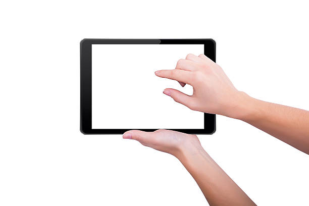 Frau steigt Bild auf dem tablet – Foto