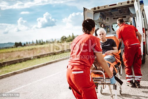 istock woman inside the ambulance 942751728
