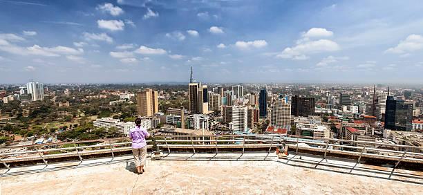 Femme à la recherche de Nairobi - Photo